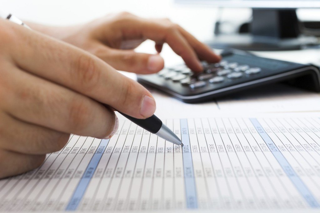 Here's How to Evaluate a Tax Relief Firm from a Cost Standpoint.